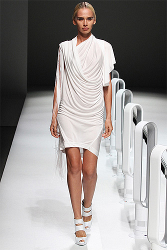 A Degree Fahrenheit Spring 2013 Ready-to-Wear