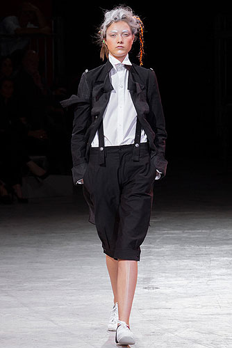 Fashion_Brands_Yohji Yamamoto_12456 - Paris Fashion Week