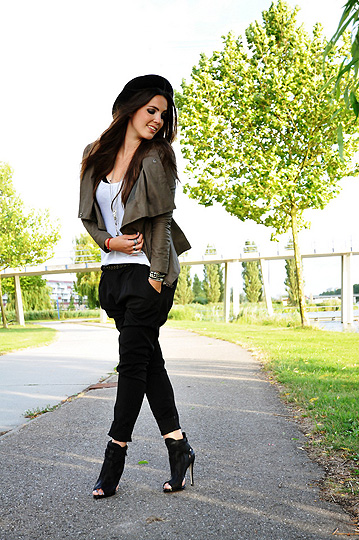 WEATHER TO WEAR LEATHER  - Tailored harem pants, Zara, Leather jacket, Weeken, Peep toe ankle boots, Topshop, Candy, Netherlands