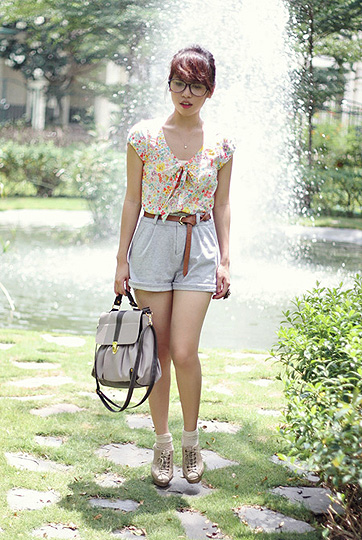 A secret garden of mine  - Top, H&M, Shorts, Topshop, Linda Tran, Vietnam