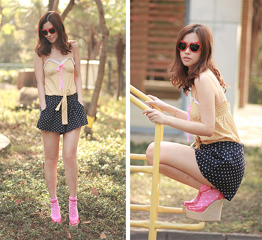 Granny playing pin up gal  - Polka dots romper, Weeken, Apple shades, H&M, Polka dots socks, H&M, Hot pink wedges , Weeken, Mayo Wo, Hong Kong