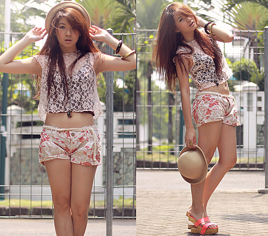 It's summer after all  -  lace cropped top, H&M,  Shorts, Weeken, Girlfriend in pink leather, Weeken, Anastasia Siantar, Indonesia