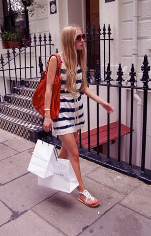 Streets of London  - Blue/white striped dress, Weeken, Shoes, Weeken, Bag, H&M, Carolina Engman, Sweden