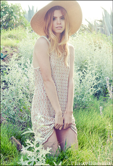 Haven't had a dream in a long time , Lindsey Lugrin, Dress, Weeken, Floppy hat , Weeken, Lindsey Lugrin, Thailand