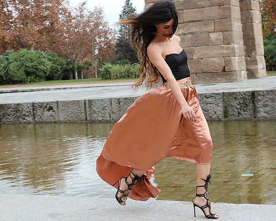 ODISEA - TOP, H&M, BELT, Zara, SKIRT, ASOS, SANDALS, Yves Saint Laurent, Angela Rozas Saiz, Spain
