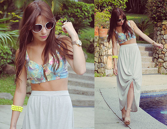 THE HUNTREND: Bralet + long skirt - Sunglasses, Prada, Bralet, Weeken, Skirt, Mango, Watch, Weeken, Guiri Uribe, Spain