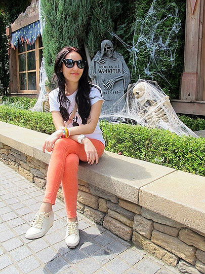 Everland :) - Micky mouse t-shirt, Weeken, White Watch, Weeken, Orange Pants, Weeken, Super Black, Weeken, Korea style, Weeken, Top, Weeken, Little B, Thailand