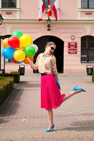 FLY AWAY!!! - Skirt, H&M, Heels-wedges, H&M, Shirt, Weeken, Ala Konturek, Poland
