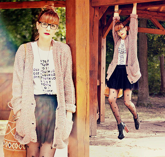 Suspended. - Grand'pa cardigan, ASOS, Cross lost youth top, ASOS, Black tutu, H&M, Cross tights, ASOS, Black boots, Weeken, Aztec bag, Weeken, Chloe D, France