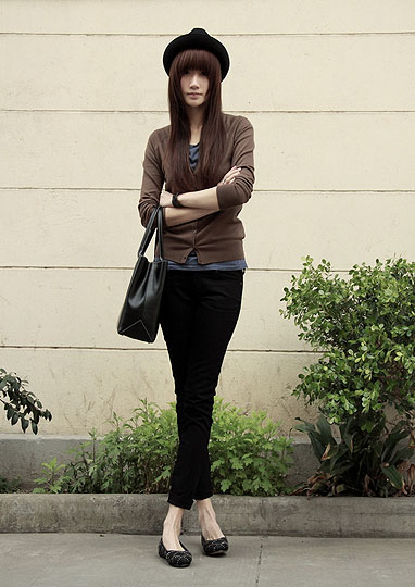 A cloudy day - Cardigans, Weeken, Pants, Weeken, Bags, Weeken, Flats, Weeken, Nin M, China