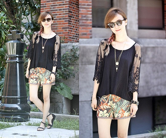 Summer floral - Top, Weeken, SHORTS, Weeken, Sandals, Weeken, Crystii Lin, Taiwan
