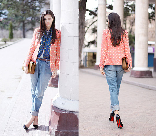 THE DOG DAYS AREN'T OVER - Dogs blazer, Weeken, Pants, Weeken, Heels-wedges, Zara, Bags, H&M, Doina Ciobanu, Canada