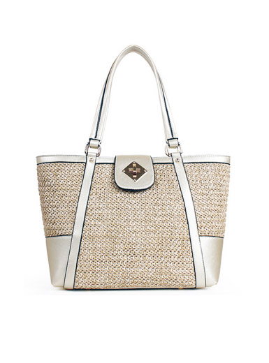 The new minimalist shoulder bag straw beach resort