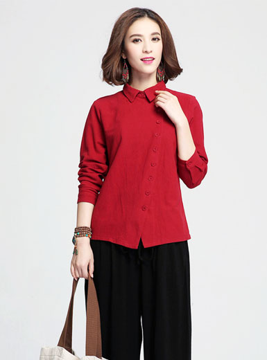 In the long section of single breasted collar blouse
