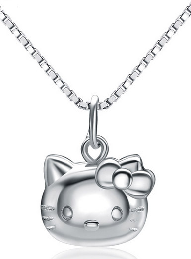 Cute Hello Kitty Girls Pendant in Sterling Silver